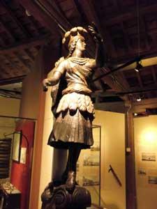 Ship figurehead Docklands Museum